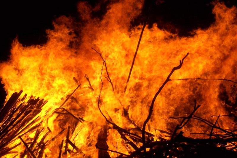 fuoco-large_bonfire