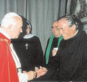 Fra Raimondo Fabello incontra Giovanni Paolo II